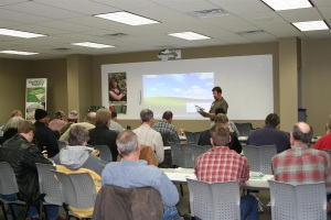 Sam presenting at Hydroponic Workshop