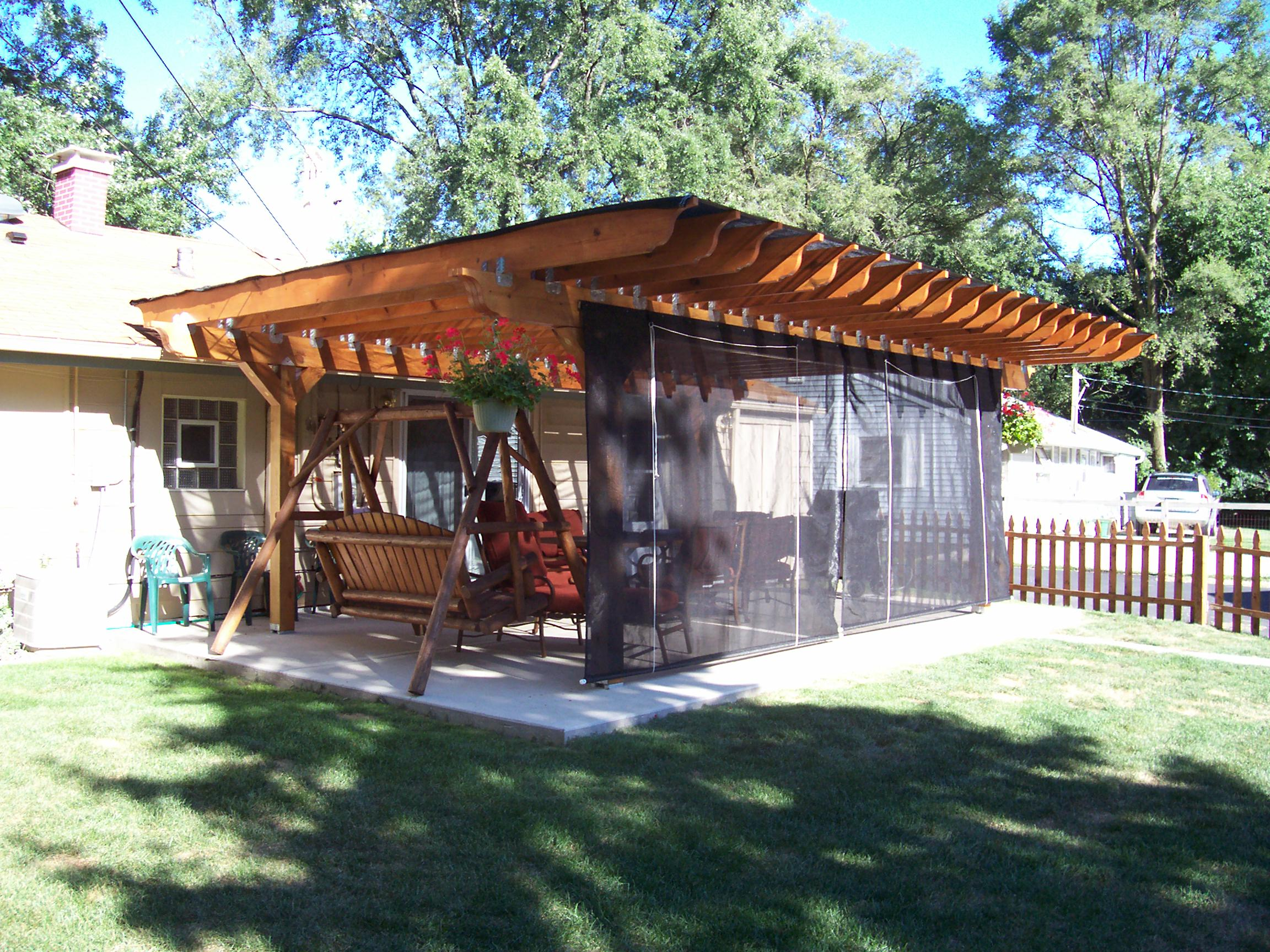 Patio shade cloth growers supply for Small patio shade ideas